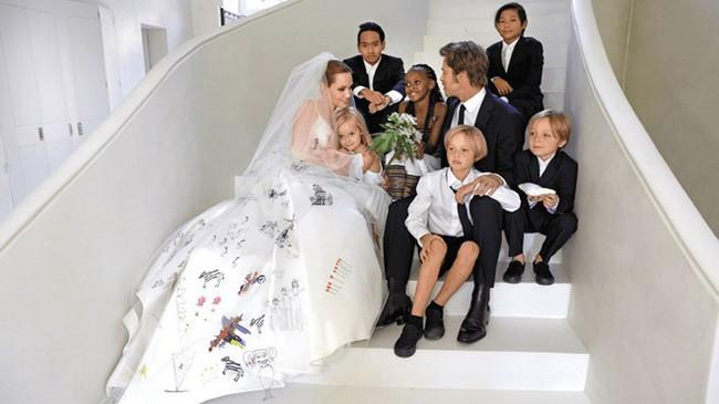 Cậu cả Maddox: Từ cậu bé Campuchia mồ côi tới nguyên nhân khiến Angelina Jolie chấm dứt chuyện tình 12 năm với Brad Pitt - Ảnh 8.