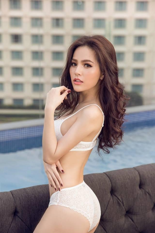 Cận cảnh vẻ nóng bỏng khó cưỡng của hot girl mì gõ Phi Huyền Trang - Ảnh 9.