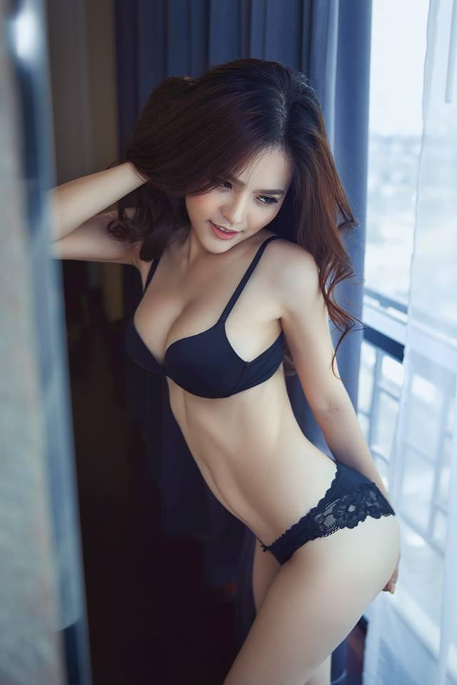 Cận cảnh vẻ nóng bỏng khó cưỡng của hot girl mì gõ Phi Huyền Trang - Ảnh 7.