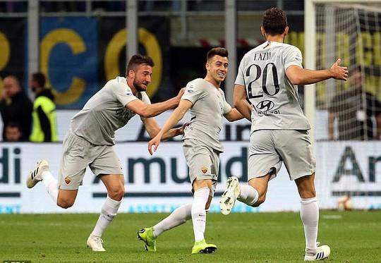 Mourinho sắp hết thất nghiệp, chuẩn bị dẫn dắt AS Roma  - Ảnh 2.