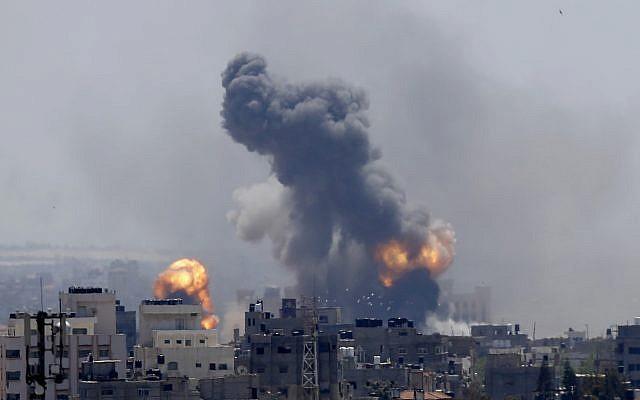 Israel bị tấn công lớn chưa từng có kể từ 2014 - Mỹ điều tàu sân bay tới ứng cứu? - Ảnh 1.