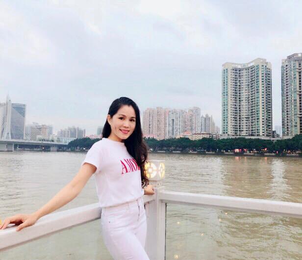 Bà xã Quyền Linh chia sẻ ảnh đi du lịch của gia đình, dân tình phát hiện ra tận 2 điều thú vị - Ảnh 14.