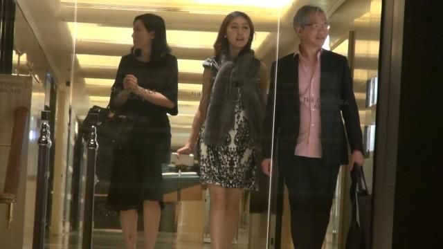 Cuộc sống sang chảnh của Á hậu Hong Kong chia tay tỷ phú 9000 tỷ, cặp kè đại gia giàu gấp ba - Ảnh 2.