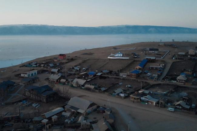 Dân Nga giận dữ khi du khách Trung Quốc quậy nát hồ Baikal - Ảnh 2.