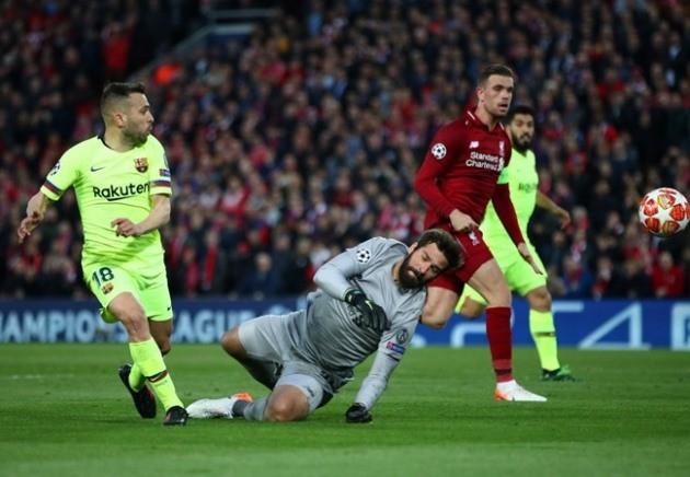 Sự trùng hợp đến kỳ lạ sau 2 trận thua ngược lịch sử của Barca ở UCL - Ảnh 3.