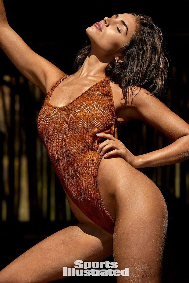 Đường cong bỏng rẫy của Hoa hậu Olivia Culpo khiến cánh mày râu chao đảo - Ảnh 6.