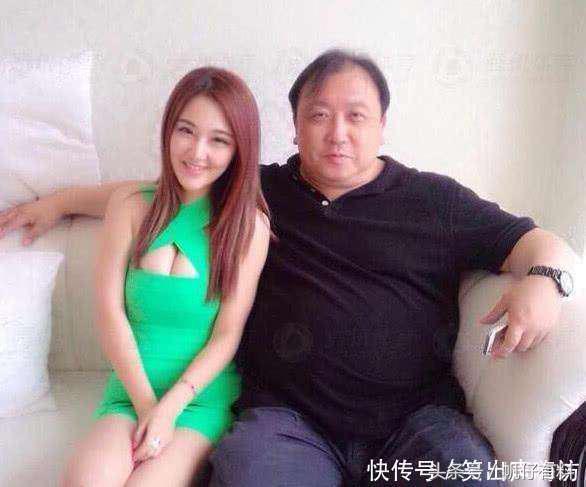 Trùm Playboy Hong Kong: Châu Tinh Trì nể sợ, sống cao ngạo và quan hệ bí ẩn với loạt mỹ nhân gợi cảm - Ảnh 6.