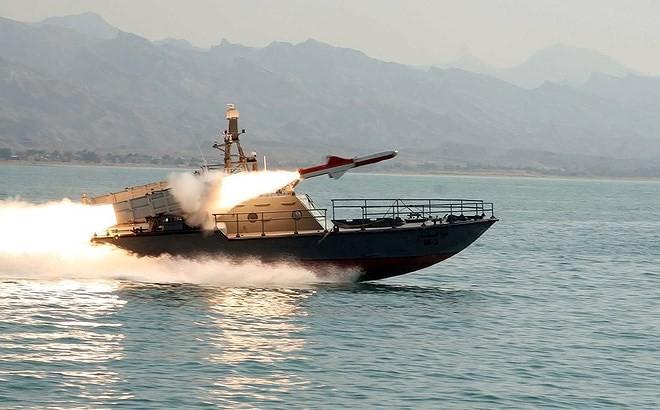 Hải quân Iran từng thất bại nặng nề khi đối đầu Mỹ ngay trên Vịnh Ba Tư - Ảnh 1.