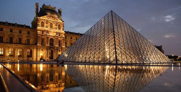 Sau nhà thờ Đức Bà Paris, đây là 2 điểm cực hút khách du lịch mỗi khi đặt chân đến Pháp - Ảnh 1.
