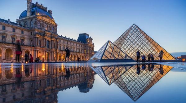 Sau nhà thờ Đức Bà Paris, đây là 2 điểm cực hút khách du lịch mỗi khi đặt chân đến Pháp - Ảnh 3.