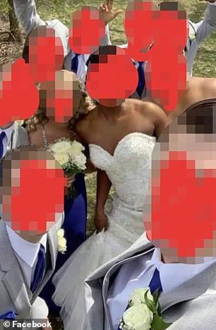 Dự tiệc cưới của con trai, mẹ chú rể không chỉ khiến quan khách khó xử mà còn khiến nhiều người phẫn nộ vì một chi tiết đáng chú ý này - Ảnh 3.