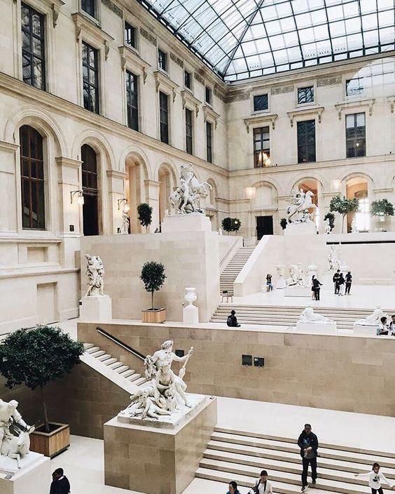 Sau nhà thờ Đức Bà Paris, đây là 2 điểm cực hút khách du lịch mỗi khi đặt chân đến Pháp - Ảnh 5.