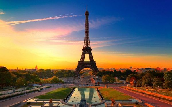 Sau nhà thờ Đức Bà Paris, đây là 2 điểm cực hút khách du lịch mỗi khi đặt chân đến Pháp - Ảnh 6.