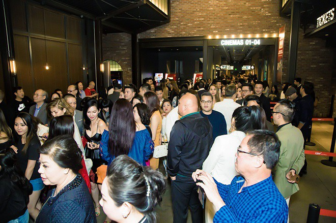 Dàn sao hải ngoại tham dự buổi công chiếu Lật Mặt 4 của Lý Hải tại Mỹ - Ảnh 7.