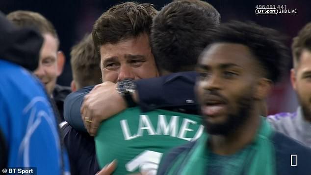 """HLV Tottenham quỳ xuống sân rồi òa khóc sau màn ngược dòng """"kinh điển"""" - Ảnh 6."""