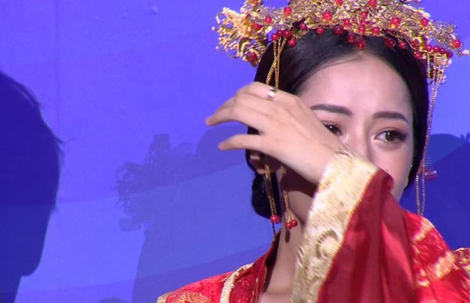 Chi Pu bật khóc, KARD cùng Ha Sungwoon vui vẻ giao lưu fan Việt - Ảnh 4.