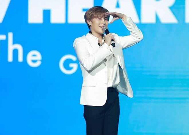 Chi Pu bật khóc, KARD cùng Ha Sungwoon vui vẻ giao lưu fan Việt - Ảnh 8.