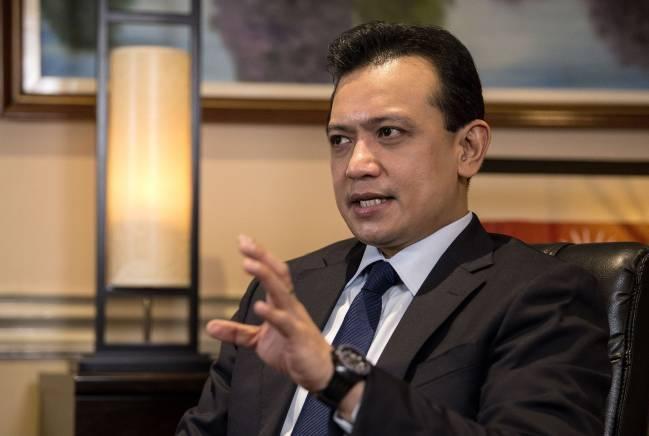 Tổng thống Phillipines thú nhận từng là người đồng tính nhưng đã tự chữa được - Ảnh 1.