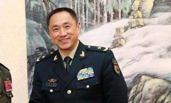 Bị cáo buộc tại Shangri La, Trung Quốc tức khí lập tức họp báo la lối: Mỹ gây bất lợi cho hòa bình - Ảnh 1.