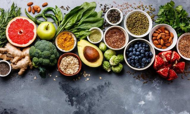 """Chế độ ăn """"nghèo nàn"""" là nguyên nhân dẫn đến các bệnh ung thư nguy hiểm nhất: Sức khỏe phụ thuộc vào những thứ bạn nạp vào cơ thể hàng ngày - Ảnh 2."""