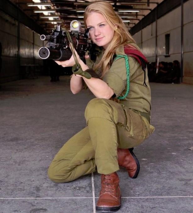 Ảnh: Các nữ quân nhân xinh xắn và mạnh mẽ của quân đội Israel - Ảnh 3.