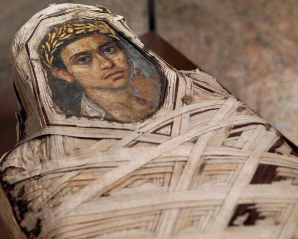 Bí ẩn những bức chân dung xác ướp Ai Cập cổ: Vẽ chính chủ và đa phần là nguyên liệu ngoại - Ảnh 5.