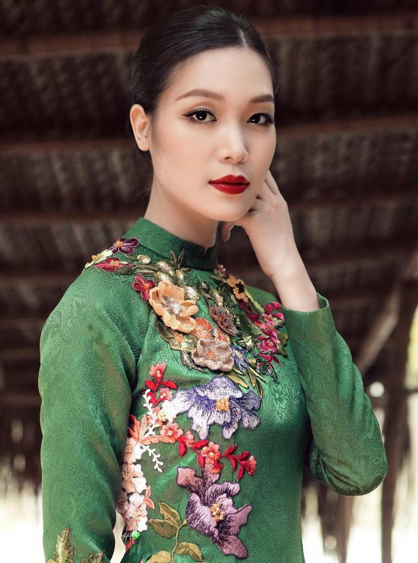 Hoa hậu Việt Nam 2008 Thùy Dung: Từ scandal Hoa hậu học dốt đến ồn ào bị vợ cũ đại gia dằn mặt và hạnh phúc giấu kín ở tuổi 30 - Ảnh 7.