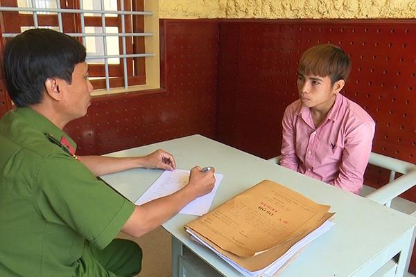 Bắt tạm giam nam thanh niên xâm hại bé gái 14 tuổi nhiều lần trong đêm - Ảnh 1.