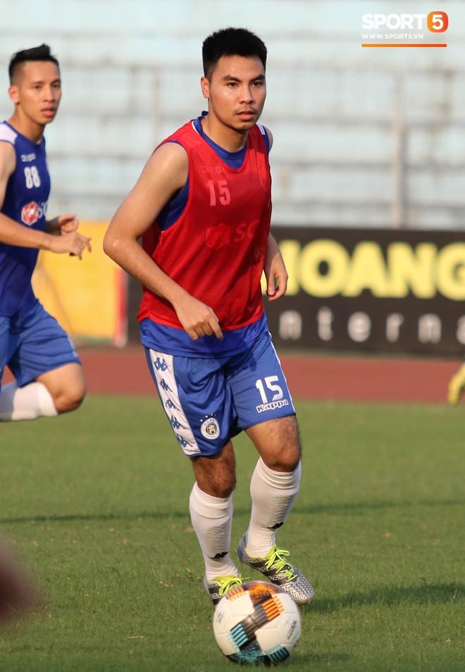 Quang Hải bị quá tải sau Kings Cup, được HLV trưởng Hà Nội FC đặc cách khi về tới Việt Nam - Ảnh 11.