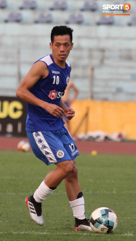 Quang Hải bị quá tải sau Kings Cup, được HLV trưởng Hà Nội FC đặc cách khi về tới Việt Nam - Ảnh 15.