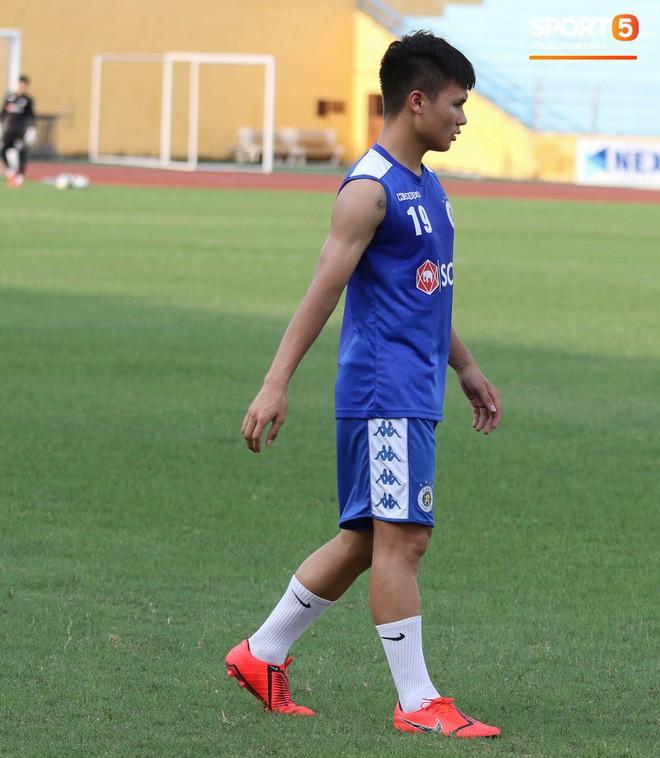 Quang Hải bị quá tải sau Kings Cup, được HLV trưởng Hà Nội FC đặc cách khi về tới Việt Nam - Ảnh 3.