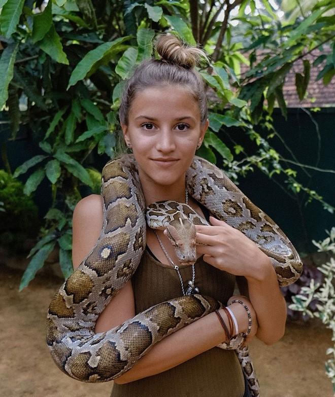 Cô gái trẻ nhất du lịch vòng quanh Trái Đất: Mới 21 tuổi đã đi qua 196 quốc gia, sắp phá vỡ kỷ lục Guinness - Ảnh 27.