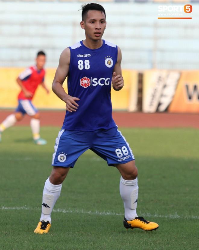 Quang Hải bị quá tải sau Kings Cup, được HLV trưởng Hà Nội FC đặc cách khi về tới Việt Nam - Ảnh 9.