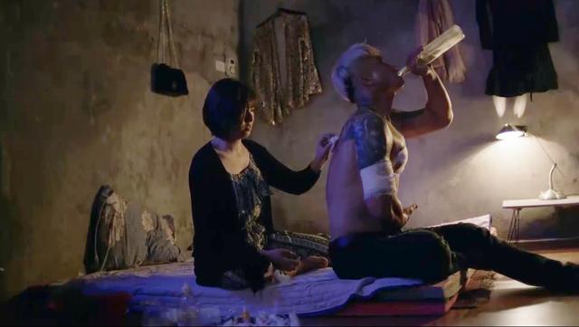 Nhan sắc nữ thiếu úy công an bị Việt Sói bắt cóc, đánh bầm dập trong phim Mê cung - Ảnh 3.