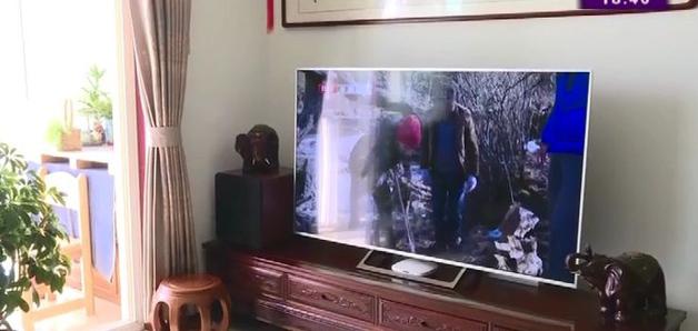 Chuyện kinh dị thời công nghệ: Chiếc TV bị ma ám? - Ảnh 1.