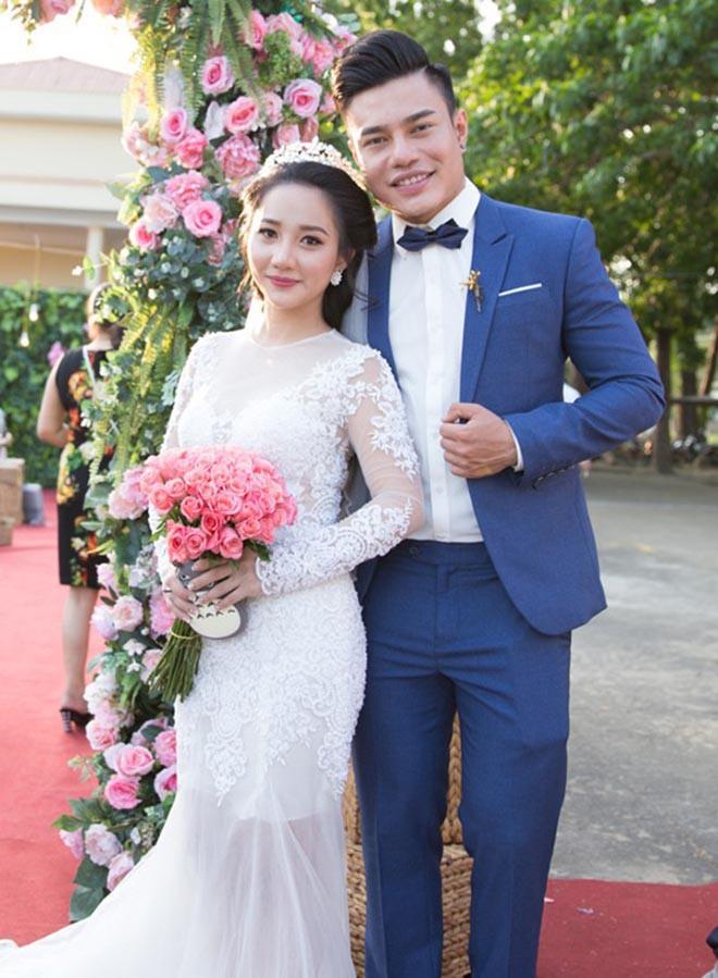 Danh tính người vợ làm quản lý kiêm tài xế, yêu 7 năm mới cưới của Lê Dương Bảo Lâm - Ảnh 1.