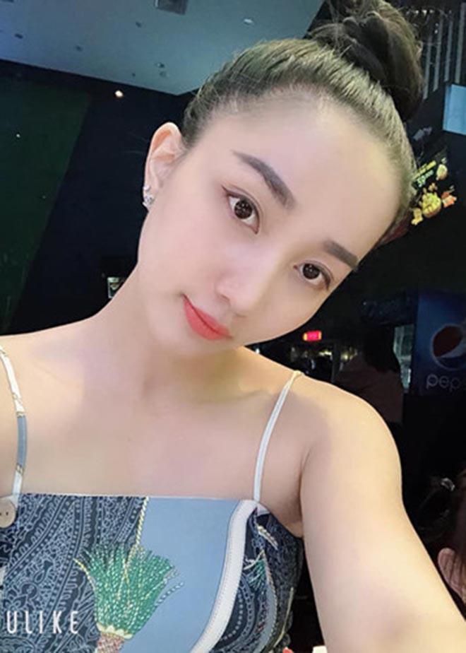 Danh tính người vợ làm quản lý kiêm tài xế, yêu 7 năm mới cưới của Lê Dương Bảo Lâm - Ảnh 4.