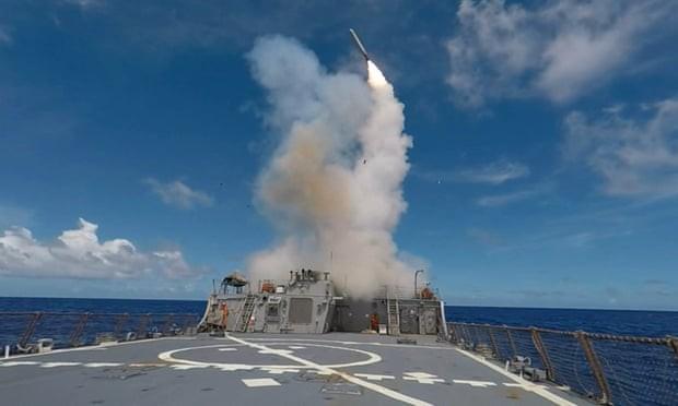 Đòn hiểm Made in China: Chọc mù tên lửa Tomahawk, quật ngã F-35 Mỹ? - Ảnh 1.