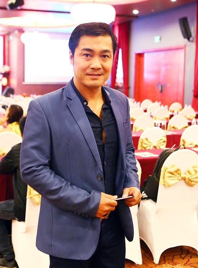 Lý Hùng: Đi chơi với Việt Trinh, Diễm Hương, tôi phải xin mẹ đến từng trăm ngàn một - Ảnh 1.