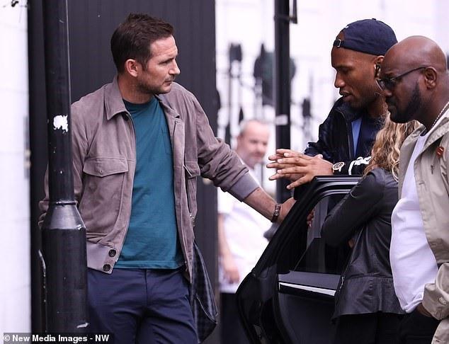 Lampard gặp Drogba để bàn về kế hoạch trở lại Chelsea - Ảnh 2.