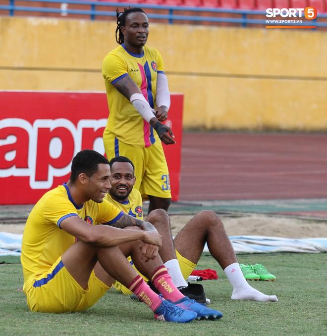 Tiến bộ thần tốc, cựu thủ môn điển trai của U23 Việt Nam vẫn khiêm tốn trước cuộc đọ sức với Hà Nội FC - Ảnh 12.