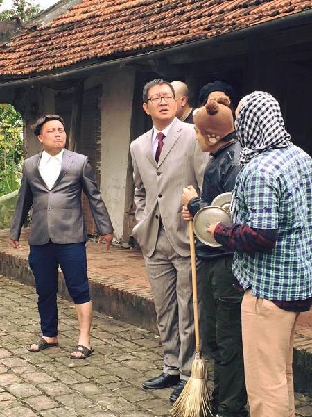 Tình tiết khó tin nhất Mê Cung: Không thể ngờ kẻ này giết Việt Sói, dám ngủ với vợ trùm ma túy - Ảnh 9.