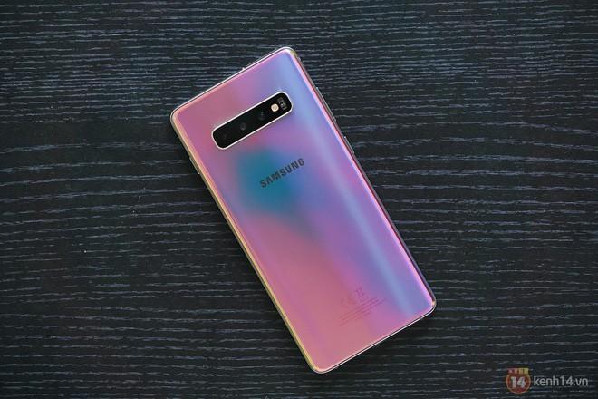 Ngắm nhìn màu bạc rất lạ trên Galaxy S10+ phiên bản Park Hang Seo - Ảnh 14.