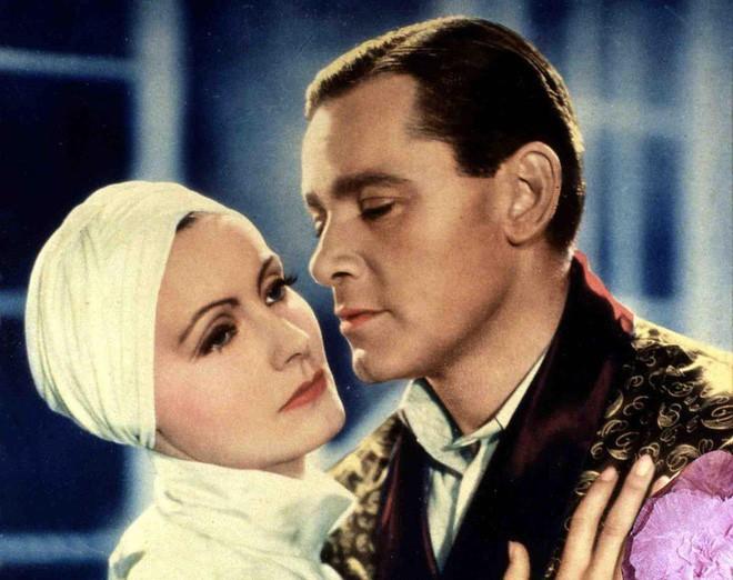 Câu chuyện về người phụ nữ đẹp nhất từng tồn tại, khuynh đảo Hollywood, khiến cả Hitler say đắm - Ảnh 4.