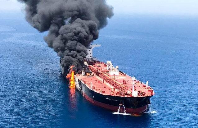 Giải mật: 2 tàu dầu bị tấn công ở Vịnh Oman, Mỹ nhẹ nhàng đút túi 350 tỷ USD - Siêu lợi? - Ảnh 4.