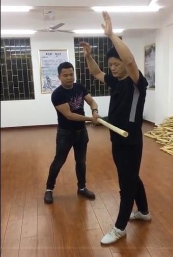 Võ sư Thiếu Lâm lên tiếng vụ chọc mắt võ sĩ MMA: Tôi có thể chấp cả 10 người như anh ta! - Ảnh 3.