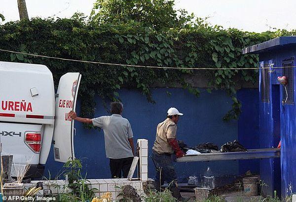 Những thi thể thối rữa trong bệnh viện Venezuela vì thiếu điện - Ảnh 2.
