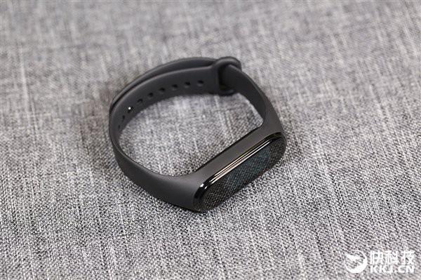 Cận cảnh thiết kế và tính năng của Xiaomi Mi Band 4 - Ảnh 6.