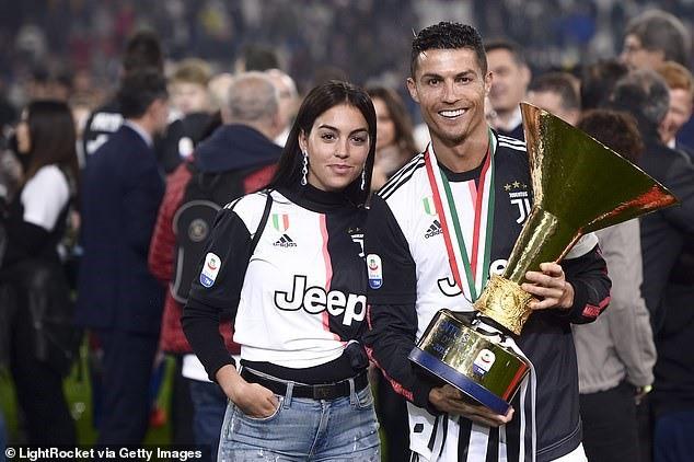Vì sao Ramos tổ chức siêu đám cưới lại không mời Ronaldo? - Ảnh 4.