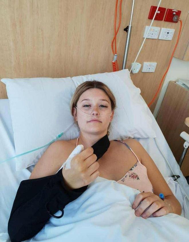 Tâm sự của cô gái bị ung thư, phải cắt bỏ ngón tay cái vì thói quen xấu mà rất nhiều người mắc phải - Ảnh 4.